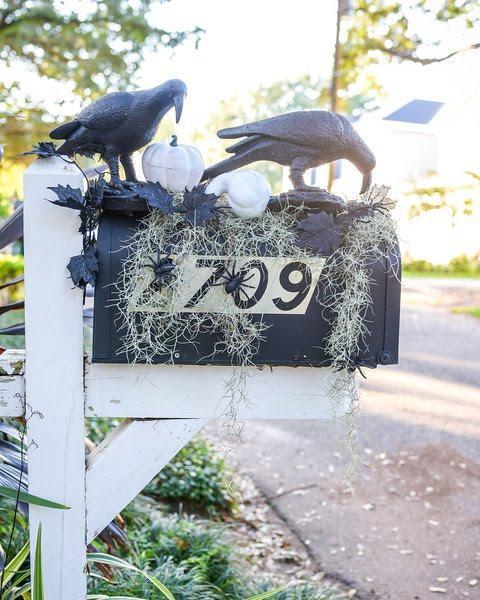 crow mailbox