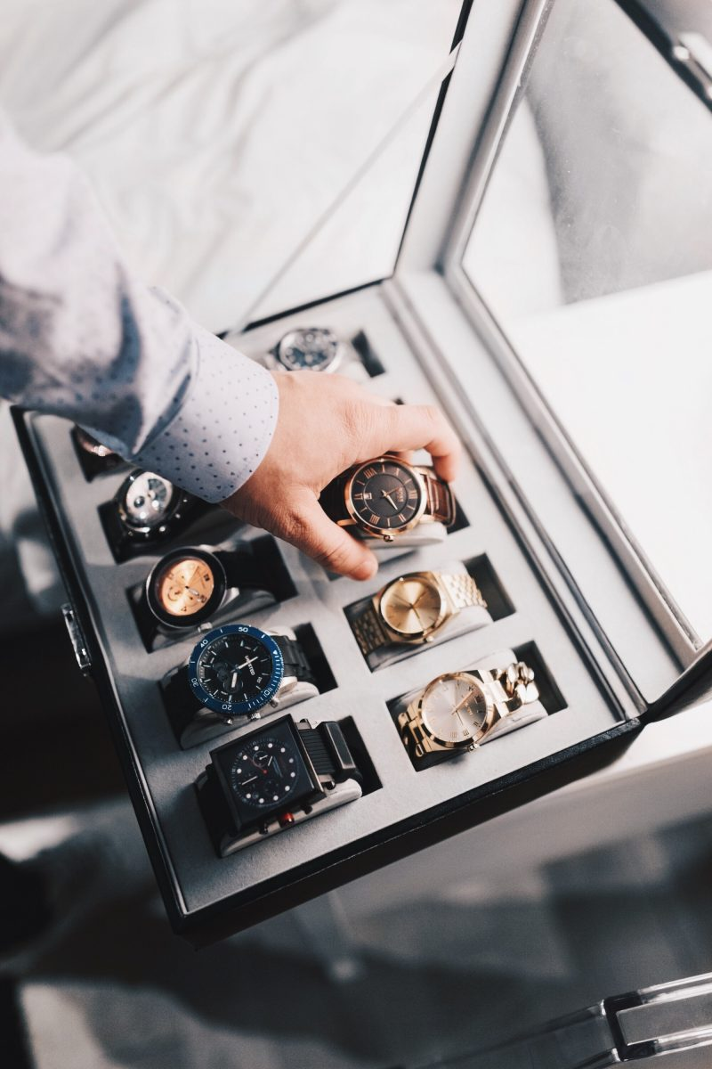HOW TO BUILD A WATCH WARDROBE OF YOUR OWN